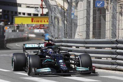 """Hamilton: """"Los Ferrari se ven fuertes y eso es genial, hay más competencia"""""""