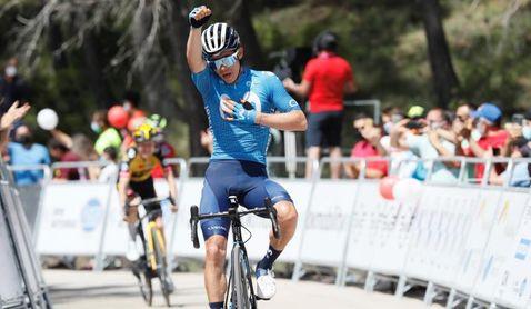 Recital del colombiano Miguel Ángel López para ganar etapa reina de la Vuelta a Andalucía y ser líder
