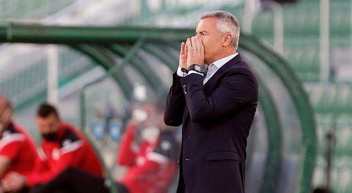 Siete jugadores y el entrenador Escribá acaban su contrato el 30 de junio