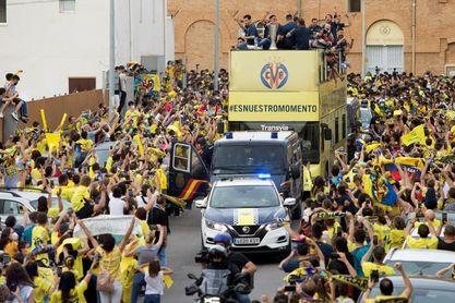Vila-real celebra título en la calle al grito de ?Europa és nostra ¡Campions!