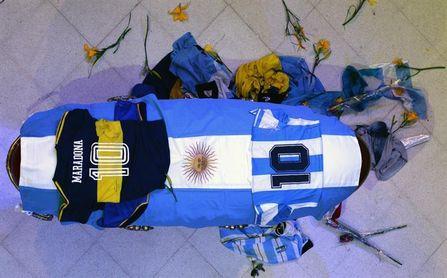 Fiscales argentinos postergan la declaración de los imputados en el caso Maradona