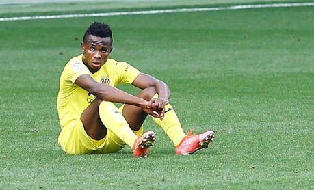Chukwueze pasa por el quirófano tras recaer de su lesión muscular