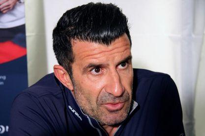 Figo desea que Raúl entrene al Real Madrid