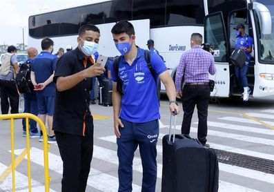 Selección de Honduras viajó a Denver para el juego contra EE.UU.
