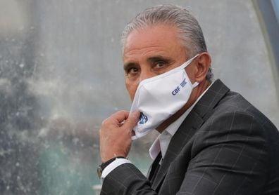 Tite dice que la polémica sobre la Copa América perjudica a Brasil en las eliminatorias