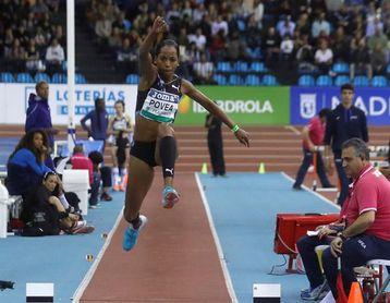 La cubana Povea se entrena para sobrepasar en Tokio su marca de 14.93 metros