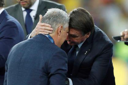 Bolsonaro niega que presione para que Tite deje la selección brasileña