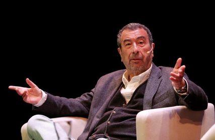 José Luis Garci, distinguido por las peñas del Sporting