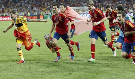 El espítiru de la Eurocopa, en Torre Sevilla de la mano de Caixabank
