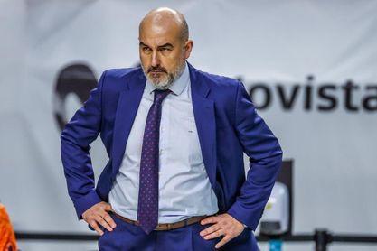 El Valencia debe decidir sobre Ponsarnau tras no alcanzar los objetivos