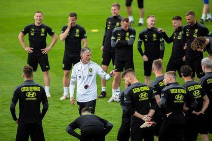 Escocia y República Checa a la expectativa