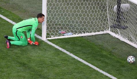 Szczesny anota el autogol más rápido en la historia de la Eurocopa