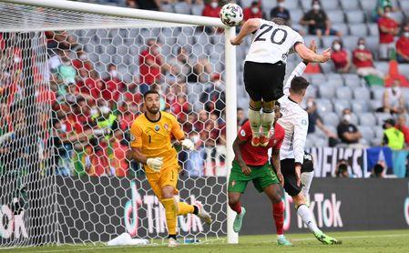 2-4. Alemania resucita a ritmo de Gosens y golea a Portugal