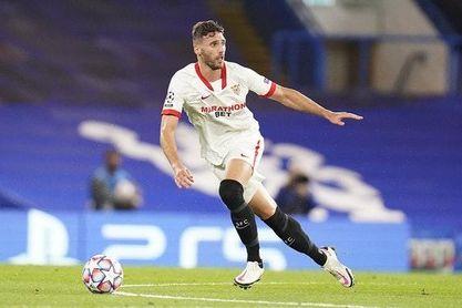 Las dudas razonables que le surgen al Sevilla ante el interés de Granada y Hertha por Sergi Gómez y Rekik