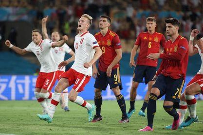 1-1. Lewandowski castiga a una España sin jerarquía