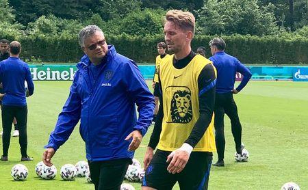 De Jong, tocado con Países Bajos