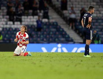 Inglaterra, Croacia y República Checa, a octavos de final