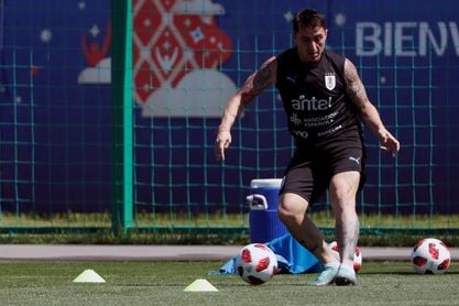 Cristian 'Cebolla' Rodríguez lleva a Plaza Colonia a la cima
