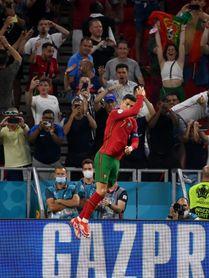 2-2. El pulso entre Ronaldo y Benzema deja a Portugal tercera