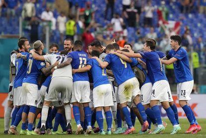 Italia solo estará 36 horas en Inglaterra para jugar los octavos ante Austria