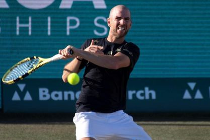 Querrey vence a Mannarino y jugará el título ante Medvedev