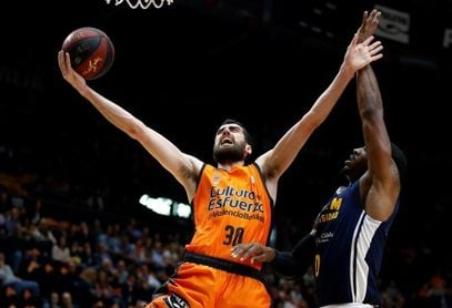 El Valencia Basket y Joan Sastre tantean la renovación del jugador