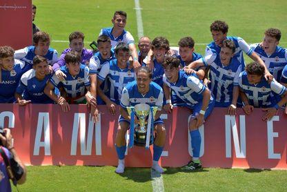 3-1. Noel López conduce hacia el título al Deportivo