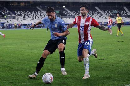Argentina cierra con fiesta, Messi devora marcas y Uruguay va de menos a más