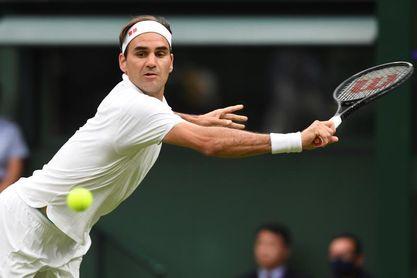 Federer pasa de ronda por la retirada de Mannarino