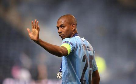 Fernandinho renueva con el Manchester City hasta 2022