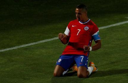 Alexis Sánchez viaja con la selección de Chile para enfrentar a la de Brasil