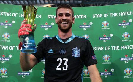"""Unai Simón: """"Tiene su mérito, pero tenemos que ganar la Eurocopa"""""""