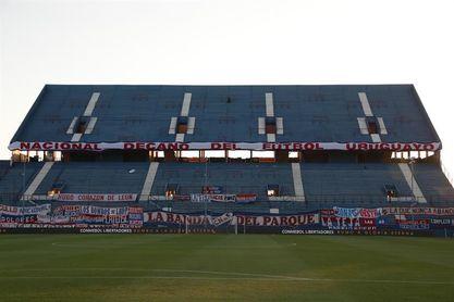 El primer estadio mundialista alberga el Clásico uruguayo 92 años después