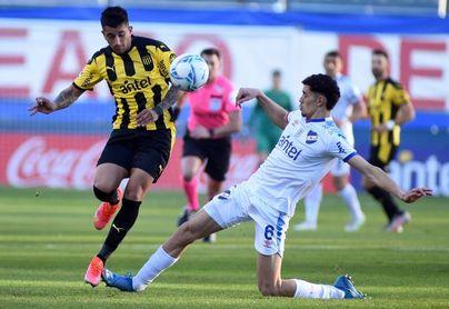 2-0. Los Celestes del Nacional le dan un histórico triunfo ante el Peñarol