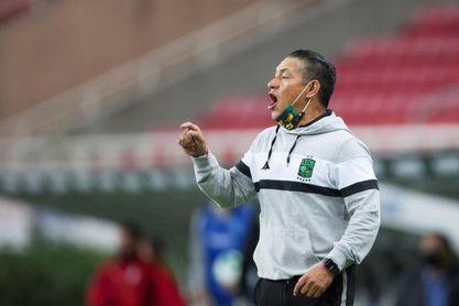 El entrendor mexicano Ignacio Ambriz está seguro de triunfar en el Huesca
