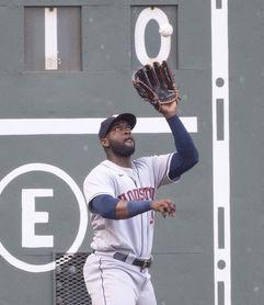 9-6. El cubano Álvarez conecta par de cuadrangulares para los Astros