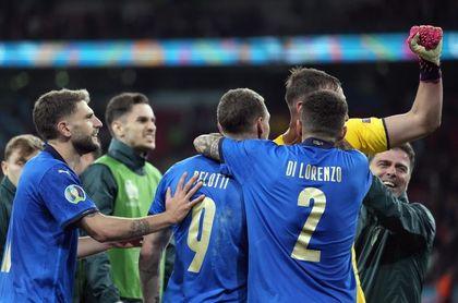"""""""¡Fiesta!"""", """"Dios es italiano"""", """"Leones"""", la prensa celebra a Italia"""