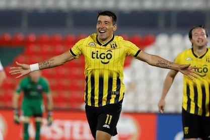El paraguayo Edgar Benítez jugará en el Alianza Lima