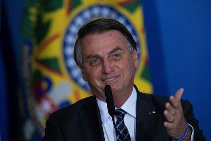 Bolsonaro apuesta por un 5-0 de Brasil a Argentina en final de Copa América