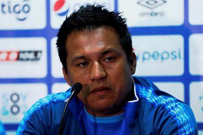 Guatemala destituye a Villatoro tras la eliminación al Mundial y la Copa Oro