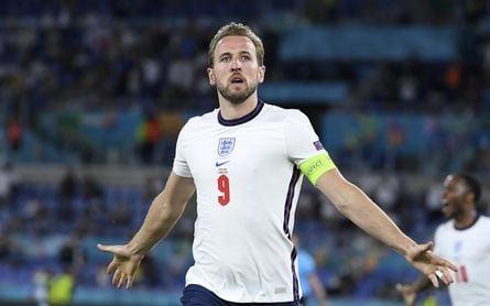 Las apuestas dan a Inglaterra como campeona, liderada por Sterling y Kane