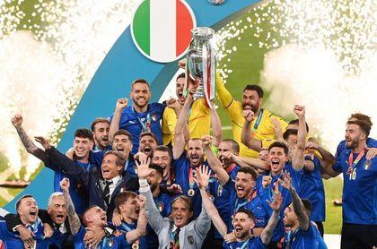 1-1 (3-2). Italia encuentra la gloria en los penaltis