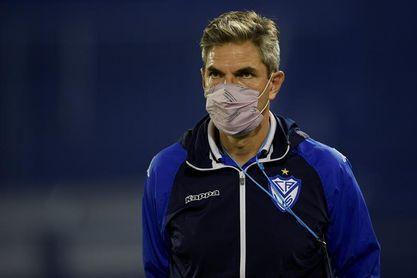 Sin un claro favorito entre Vélez y Barcelona