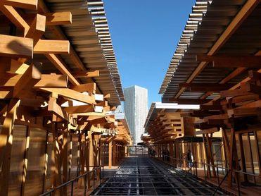 La Villa Olímpica de Tokio 2020 abre con discreción a diez días de los Juegos