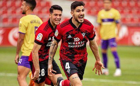 El Sporting se lanza por Berrocal