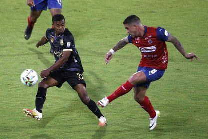 DIM iguala con Águilas Doradas en el regreso del público a la liga colombiana