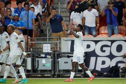 Honduras vence a Panamá y pasa a cuartos, Catar golea a Granada y se acerca