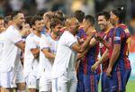 2-3. El Madrid gana al Barça en el espectacular 'clásico' entre leyendas en Israel