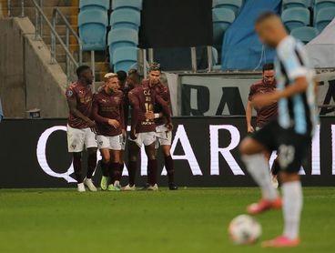 1-2. Liga elimina al Gremio de Scolari y se inscribe en los cuartos de final