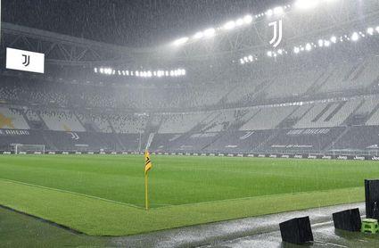 Italia debate ampliar el aforo de los estadios hasta el 75 % en el exterior